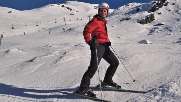 mat_marco_marco skiing